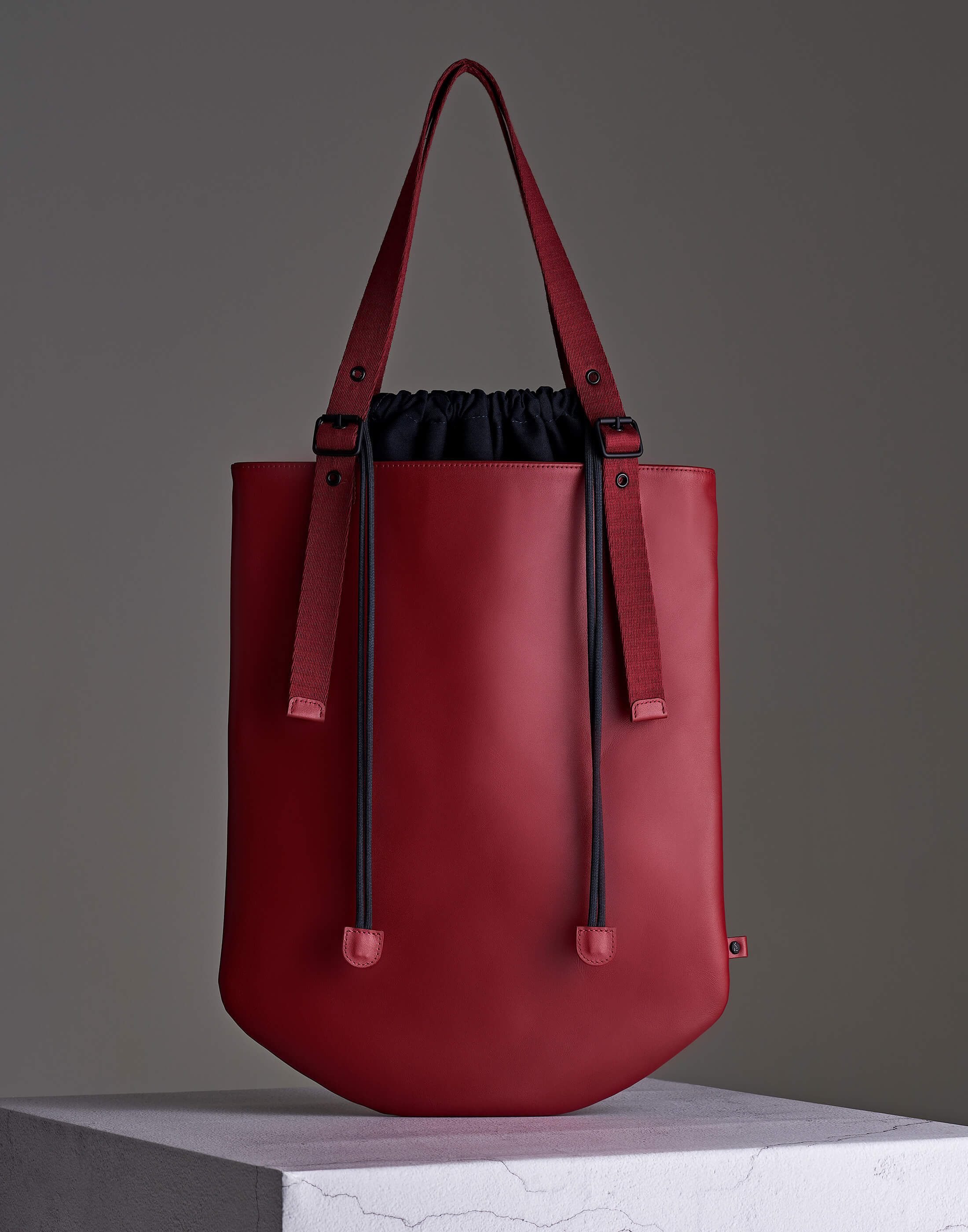 Back. Essential Leather Tote – Red ...